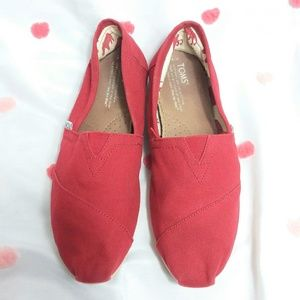 Toms Shoes - Toms Classic Canvas Slip On Flat Red
